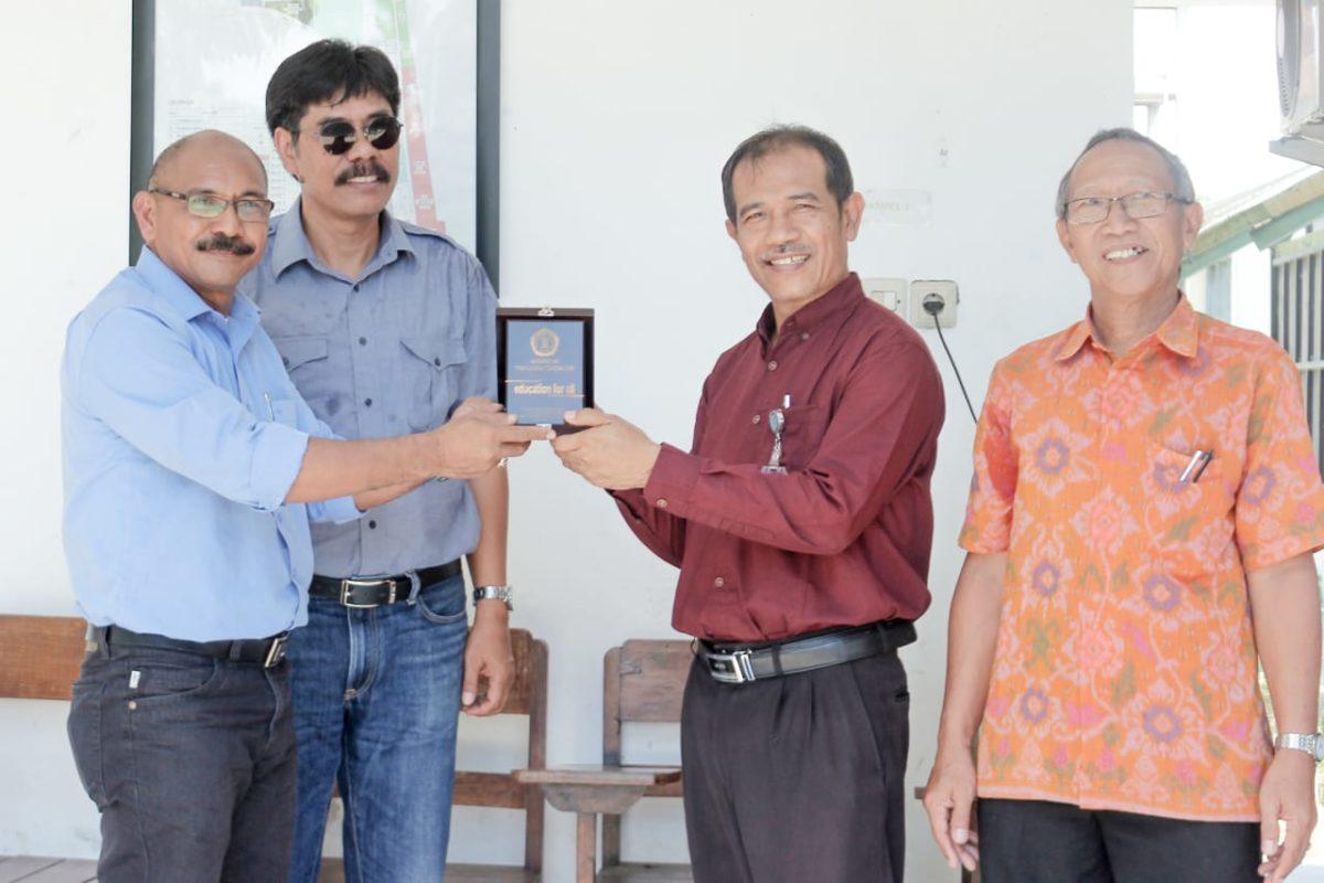Kunjungan Mahasiswa FP UNIVERSITAS TRIBHUANA ke Kebun Percobaan Fakultas Pertanian Universitas Udayana